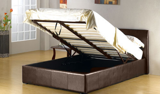 manzelska-postel